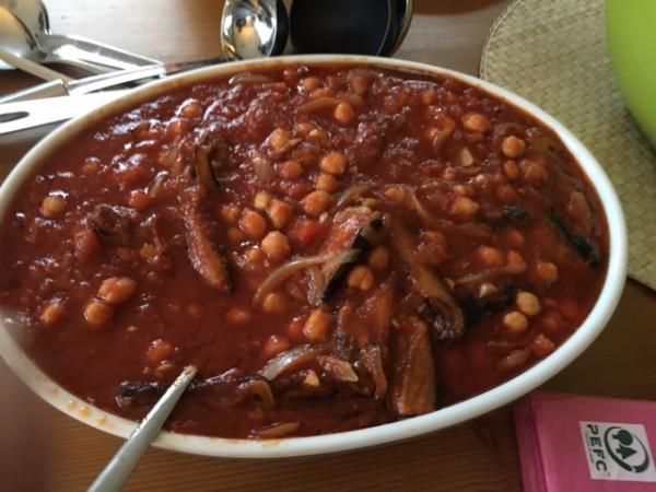 Musaqad - Aubergine mit Tomate und Kichererbsen