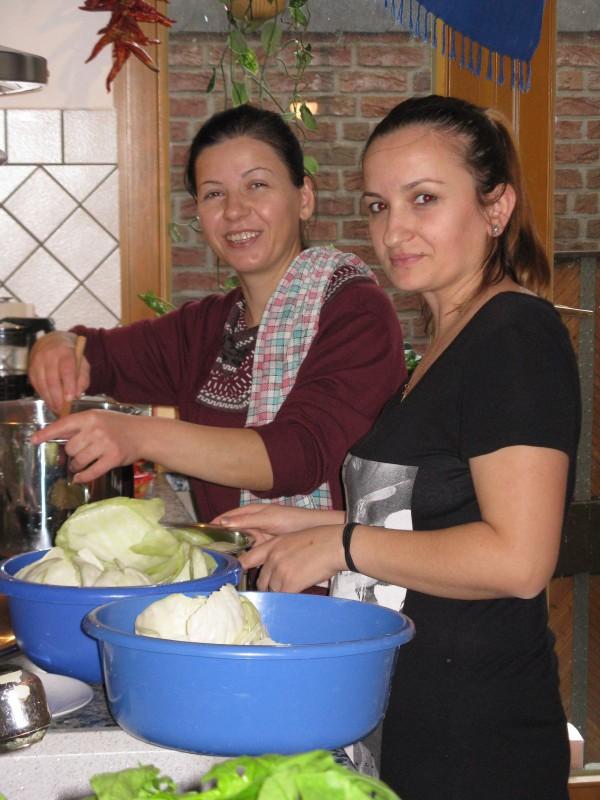 Mirella (li.) und Erida in Aktion