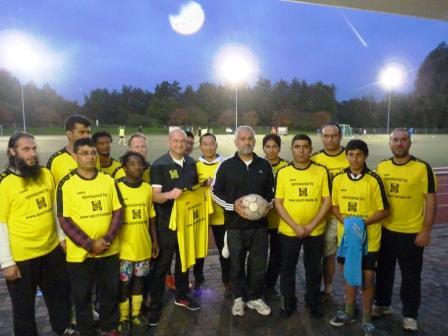 Fußballpremiere in Waldniel