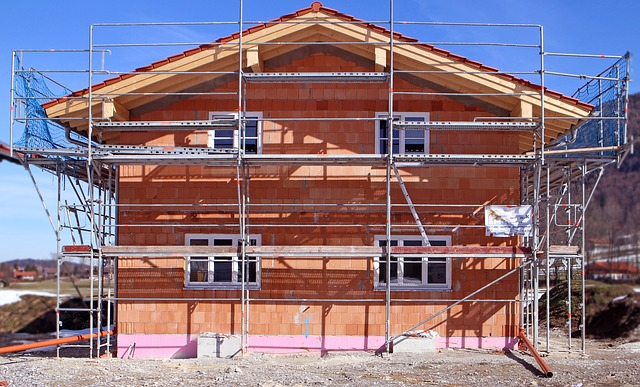 construction-work-670278_640